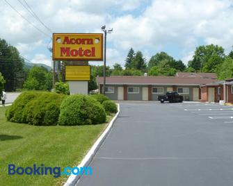 Acorn Motel - Black Mountain - Black Mountain - Building