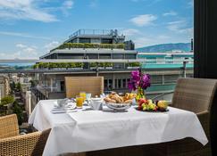 Hotel Royal - Geneva - Bedroom
