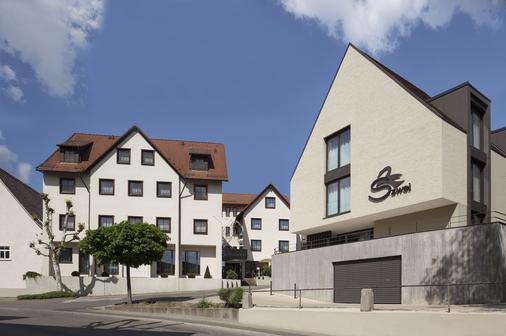 Hotel Schwanen Köngen - Köngen - Building