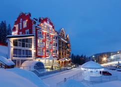Chevalier Hotel & Spa - Bukovel - Building