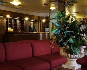 Hotel Tre Torri - Agrigento - Front desk