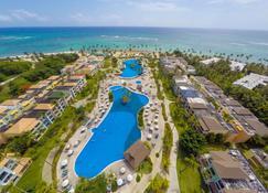 碧海沙灘渡假村 - 卡納角 - Punta Cana/朋它坎那 - 游泳池