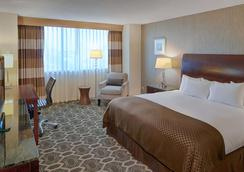 DoubleTree by Hilton Tulsa Downtown - Tulsa - Bedroom