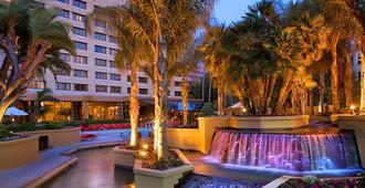 Long Beach Marriott - לונג ביץ'