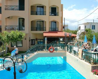 Romantica Hotel - Georgioupoli - Pool