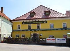 Penzion U Kohoutu - Horní Planá - Edificio