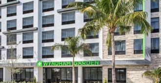 Wyndham Garden Ft Lauderdale Airport & Cruise Port - Dania Beach