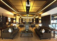 Grand Luley Manado - Manado - Lounge