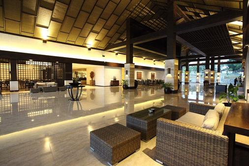 Grand Luley Manado - Manado - Lobby