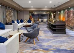 Courtyard by Marriott Dallas Downtown/Reunion District - Dallas - Lounge