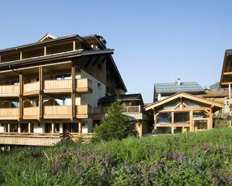 Best Western Chalet Les Saytels - Le Grand-Bornand - Gebäude