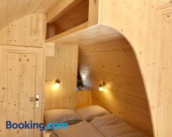 Hüttendorf Fränkische Schweiz - Pottenstein - Bedroom