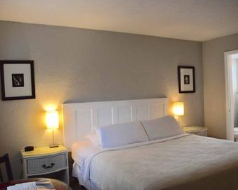 Sta 'n Pla Motel - Clearwater Beach - Bedroom