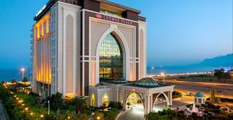 Crowne Plaza Antalya - Antalya - Edificio