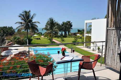 Leo's Beach Hotel & Restaurant - Adults Only - Serrekunda - Balcony
