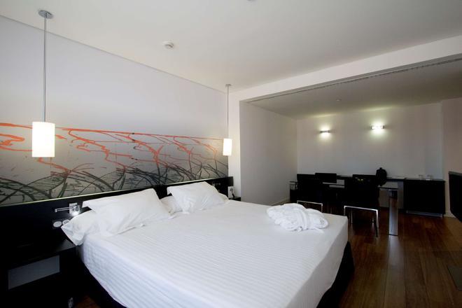 Axor Barajas - Madrid - Bedroom