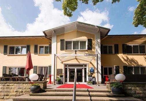 Best Western Seehotel Frankenhorst - Schwerin - Rakennus