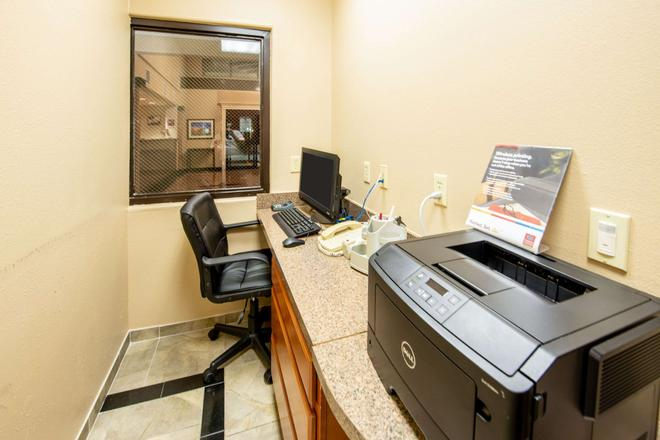 Comfort Suites near Texas Medical Center - NRG Stadium - Houston - Business centre
