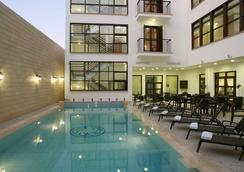 Royiatiko Hotel - Nicosia - Pool