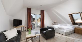 Apartments Harheimer Hof - Frankfurt am Main - Living room
