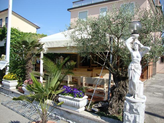 Hotel Villa Ginevra - Cavallino Treporti