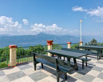 Park Hotel Jolanda - San Zeno di Montagna - Балкон