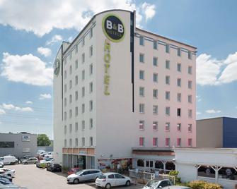 B&B Hotel Lyon Venissieux - Vénissieux - Building