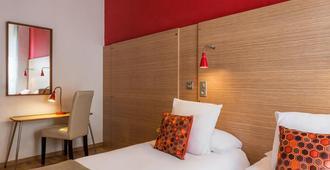 Hôtel Edmond Rostand - Marseille - Bedroom