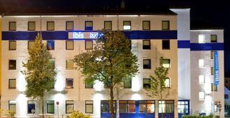 Ibis budget München City Süd - Munich - Building
