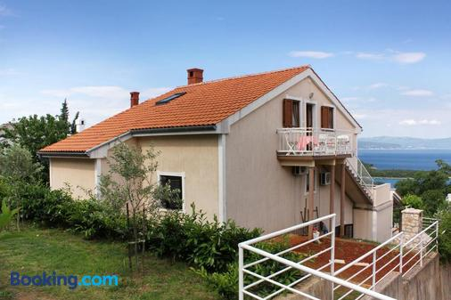 Apartments and rooms with WiFi Njivice (Krk) - 5362 - Njivice - Building
