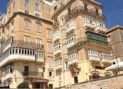 Grand Harbour Hotel - Valletta - Gebouw