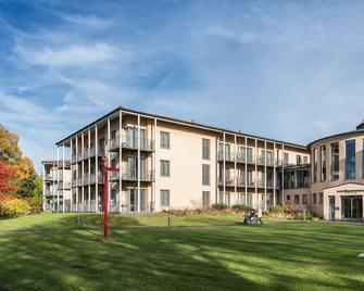 Seehotel Rheinsberg - Kleinzerlang - Gebouw