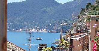 Rina Rooms - Vernazza - Outdoor view