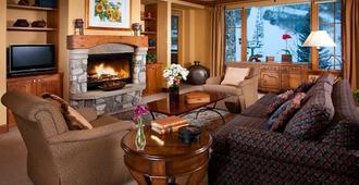 Elkhorn Lodge - Beaver Creek - Living room
