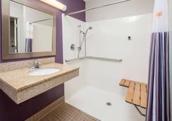 佛羅倫斯辛辛那提機場拉昆塔套房酒店 - 佛羅倫斯 - 弗洛倫斯 - 浴室