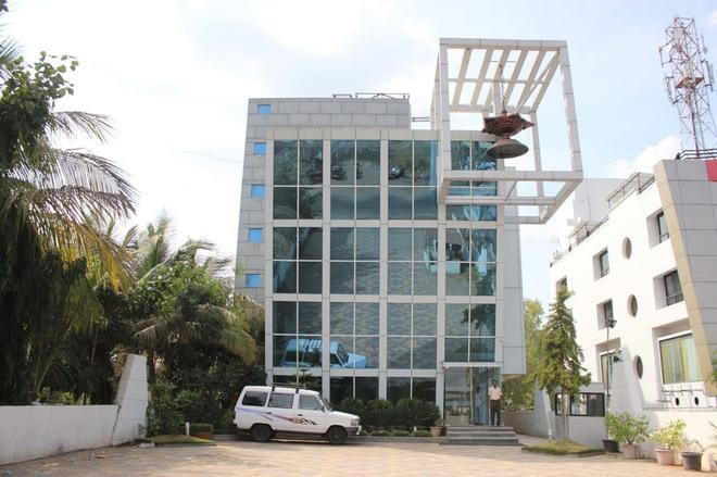 Hotel Om Sai International - Shirdi - Rakennus