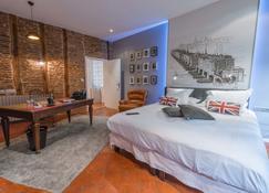 Europe Hôtel - Castres - Schlafzimmer
