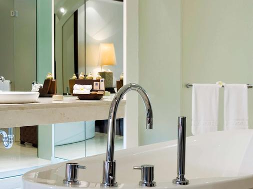 峇里島諾富特畢諾瓦酒店 - 努沙杜瓦 - 烏魯瓦圖 - 浴室