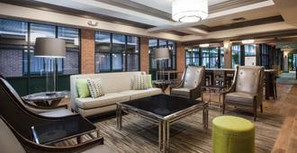 Holiday Inn Saratoga Springs - Saratoga Springs - Lobby