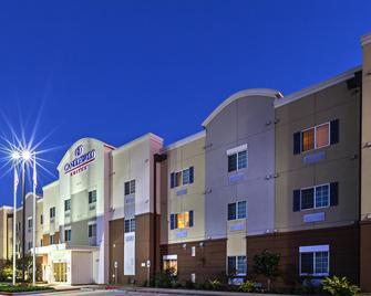 Candlewood Suites Baytown - Baytown - Building