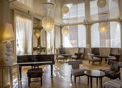 Best Western Grand Hotel De Bordeaux - Aurillac - Lounge