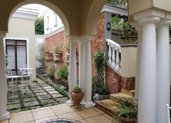 Villa Lugano Guesthouse - Johannesburg