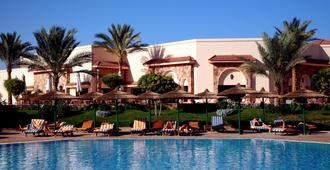 Flamenco Beach And Resort - Al Quşayr - Outdoors view