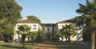 Chateau De Lassalle - Agen
