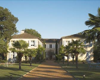 Chateau De Lassalle - Agen - Building