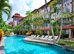 Prime Plaza Hotel Sanur - Bali - Denpasar - Piscina