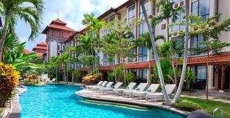Prime Plaza Hotel Sanur - Bali - Ντενπασάρ - Πισίνα
