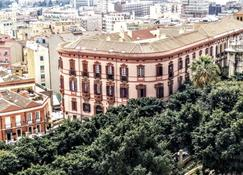 卡利亞里堡旅館 - 卡利亞里 - 卡利亞里 - 建築