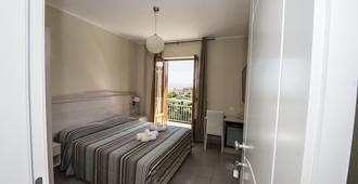 Donna Rosa Accommodation - Tropea - Bedroom