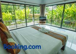 Himaphan Boutique Resort - Sakhu - Bedroom